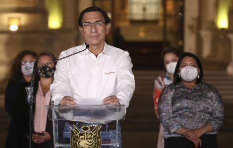Perù, destituito il presidente