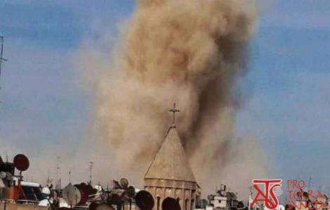 Siria, ad Aleppo si bombarda senza sosta. 15 morti e 120 feriti