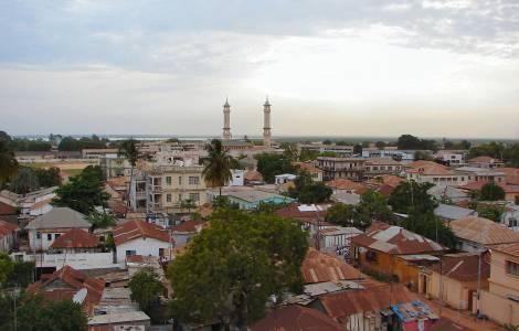 Il Senegal pronto a invadere il Gambia: truppe verso il confine