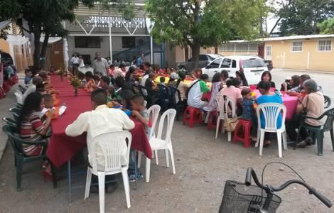 """""""Pentole solidali"""": parrocchie impegnate a dar da mangiare a quanti soffrono la fame"""