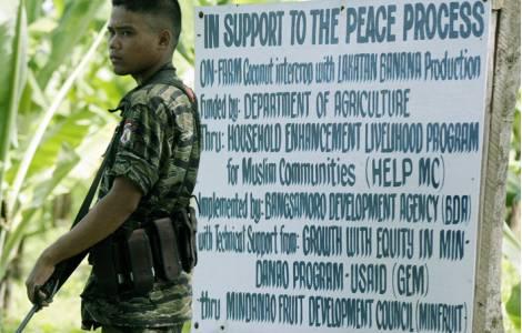 Filippine, ribelli musulmani assaltano scuola elementare e fuggono con ostaggi