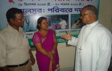 Il Papa lascia il Bangladesh e rientra a Roma