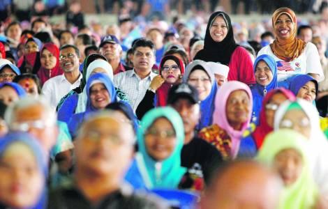Malaysia, il 92enne Mahathir diventerà premier: sarà il più vecchio del mondo