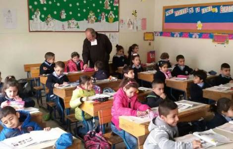 """La crisi delle scuole cattoliche, questione """"esistenziale"""" per la società libanese"""