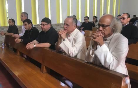 "Los Obispos: ""No nos retiramos del diálogo, a pesa"